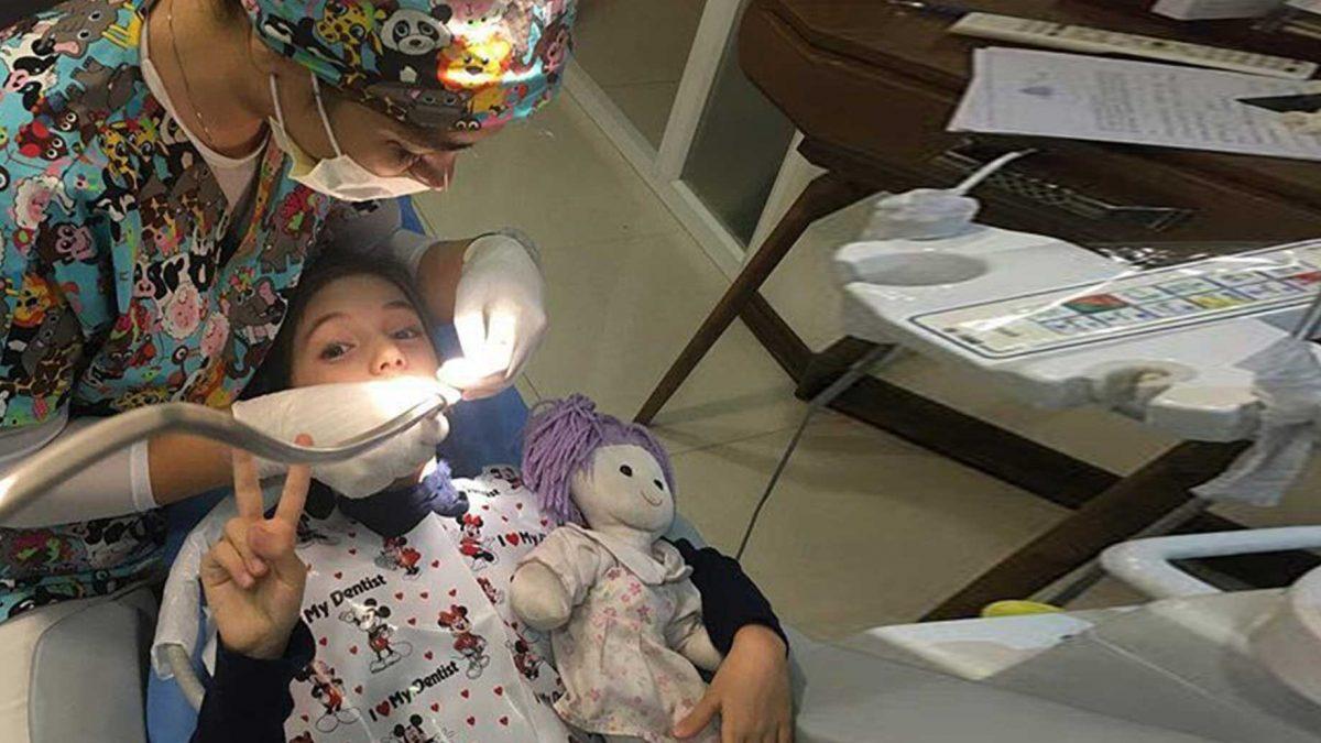 home call background 2 1200x675 - دندانپزشکی کودکان در کرج