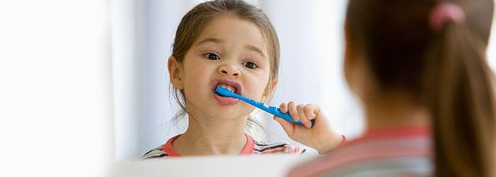 7 - راهنمای مراقبت از دندان کودکان در سنین مختلف