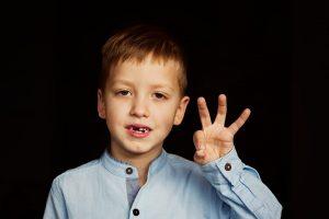 انواع آسیب دیدگی دندان کودکان