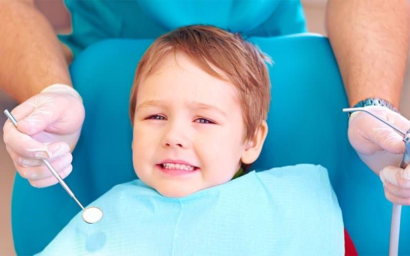 6 1 - چگونه ترس کودک از دندانپزشک را برطرف کنیم؟