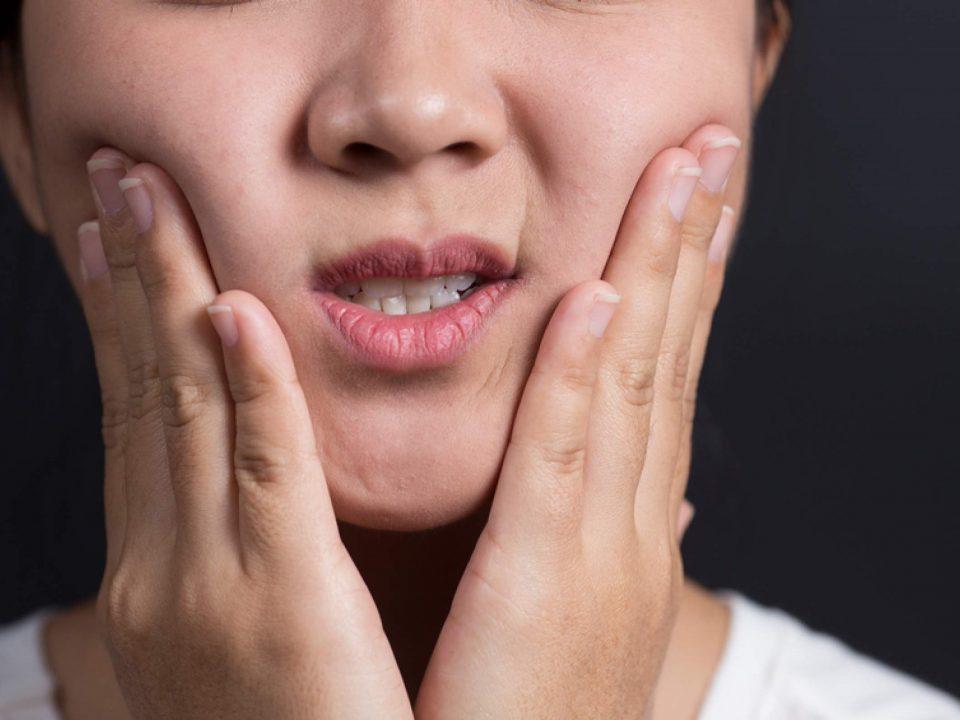7 960x720 - حساسیت دندان کودکان
