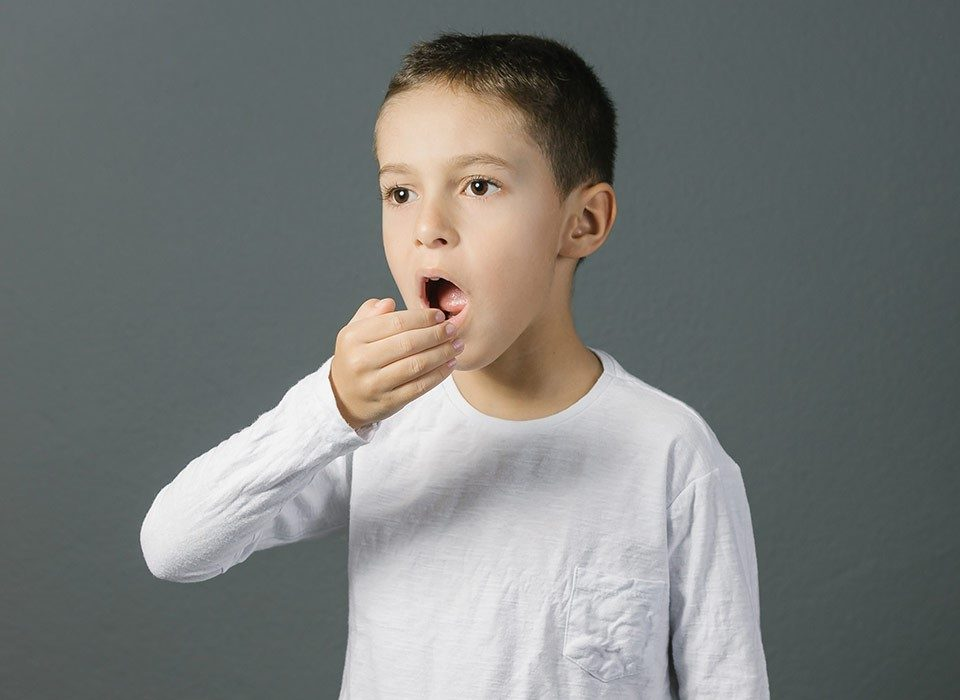 25 960x700 - بوی بد دهان کودکان