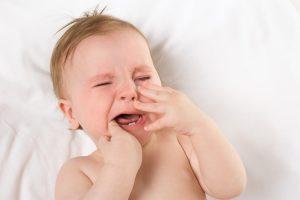 آبریزش بینی دندان درآوردن نوزاد